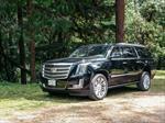 Cadillac Escalade 2015 vs Lincoln Navigator 2015