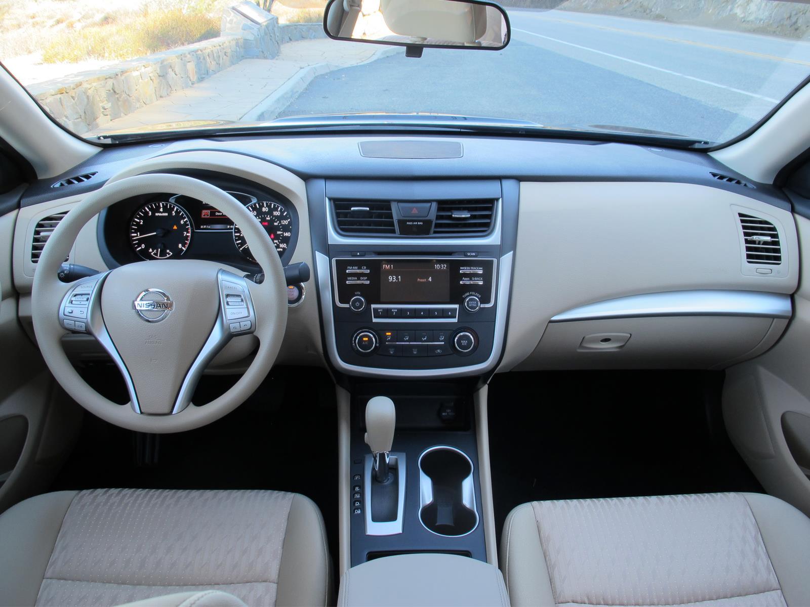 Nissan Altima 2017 - Autocosmos.com