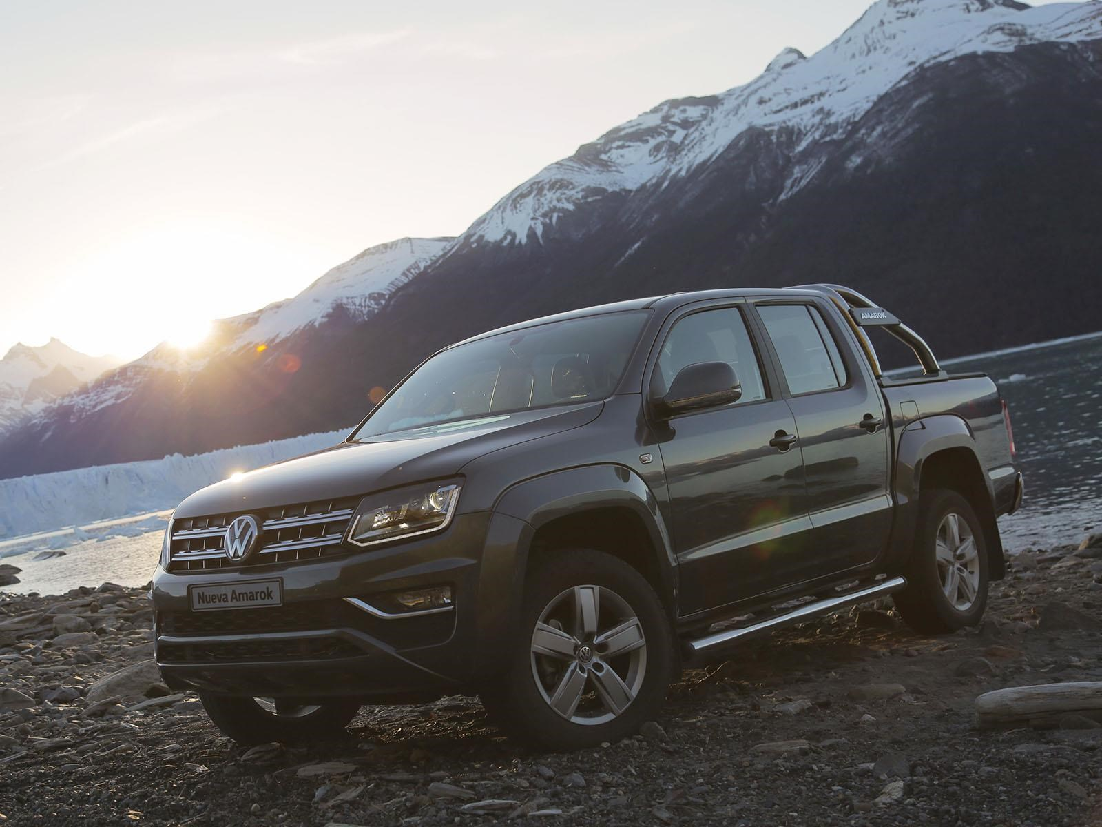 volkswagen presenta la nueva amarok 2017. Black Bedroom Furniture Sets. Home Design Ideas