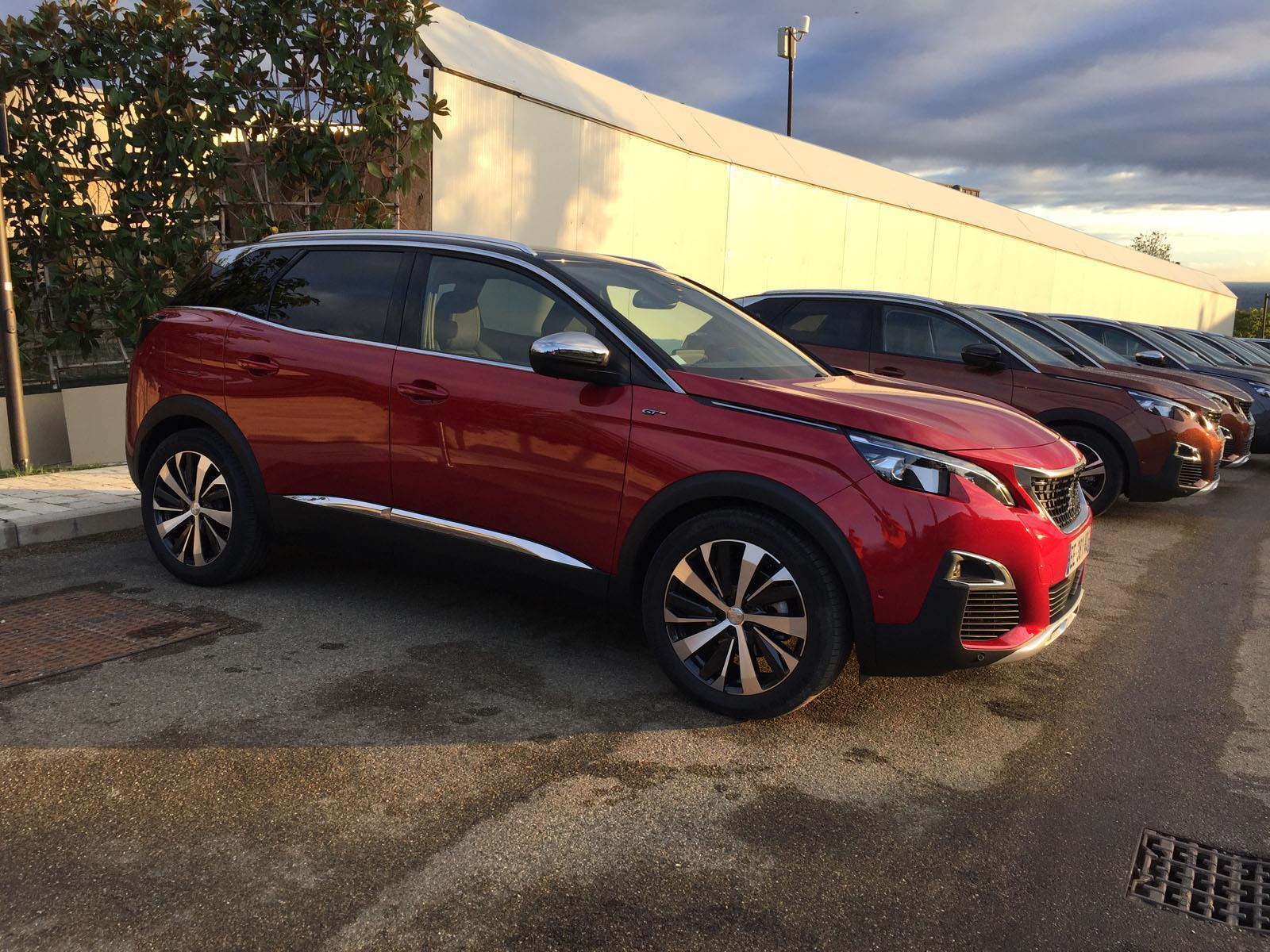 Peugeot 3008 2017 - Autocosmos.com