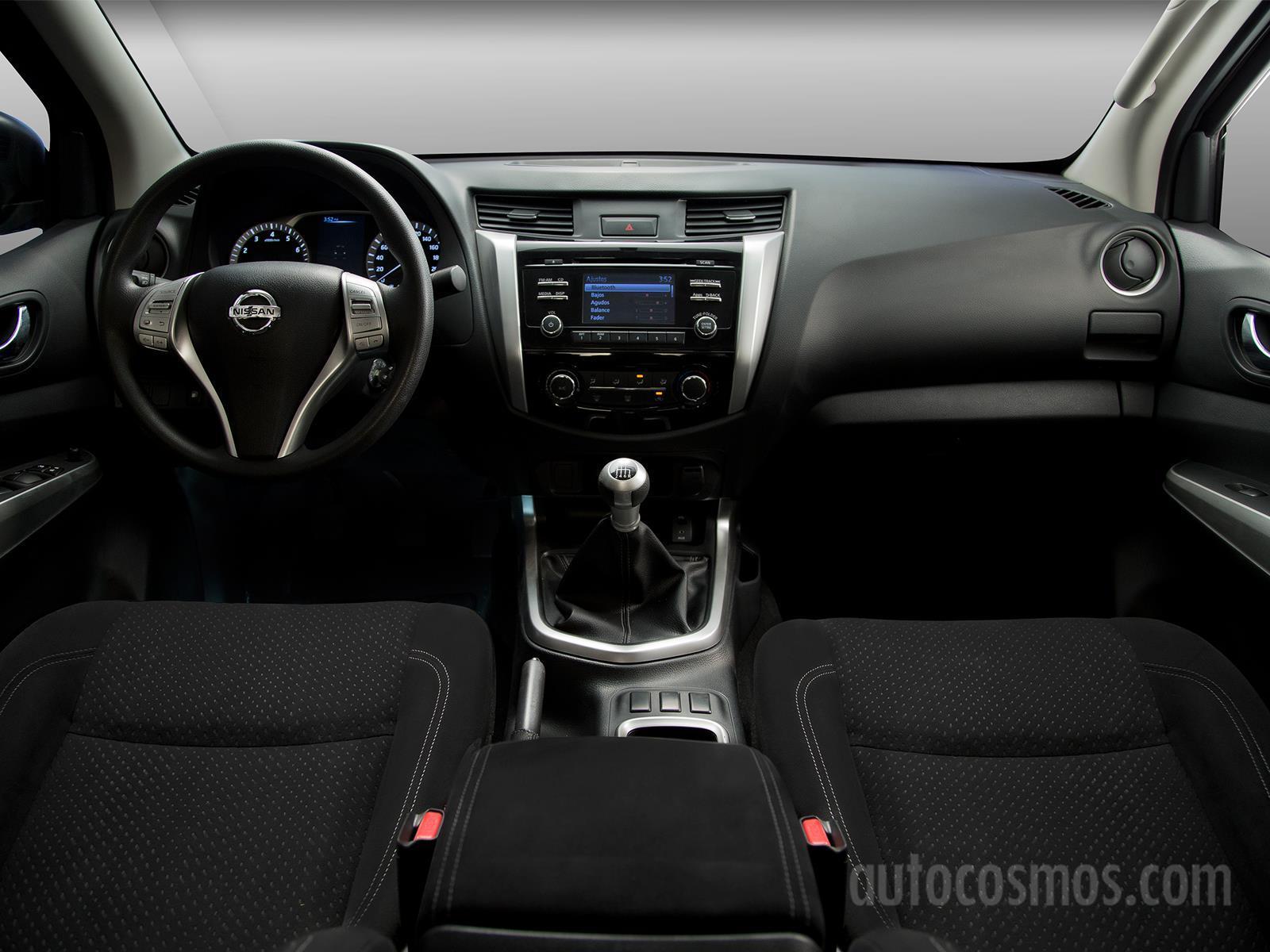 Manejamos la Nissan NP300 Frontier 2016 - Autocosmos.com