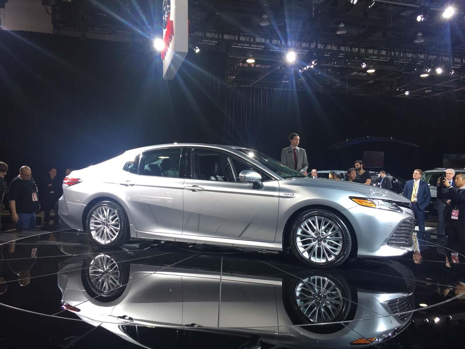 Auto Show de Detroit 2017 - Toyota Camry 2018, la nueva ...