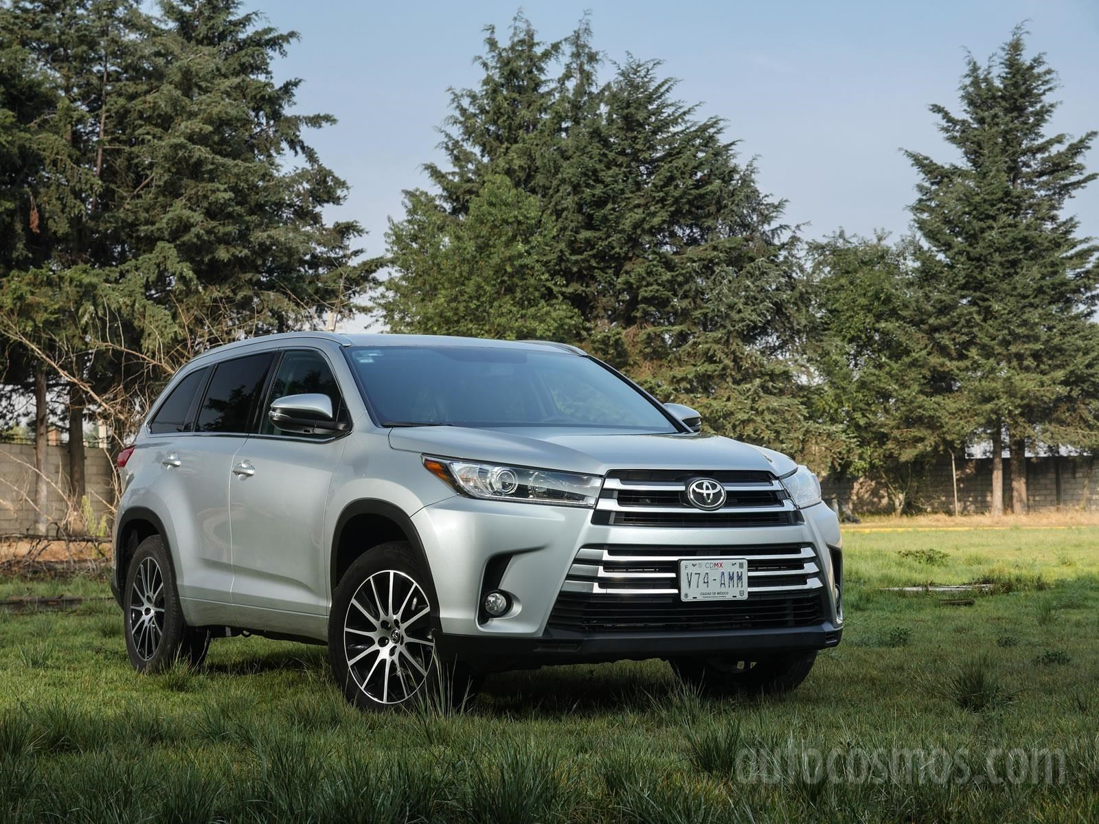 toyota highlander 2017 a prueba. Black Bedroom Furniture Sets. Home Design Ideas