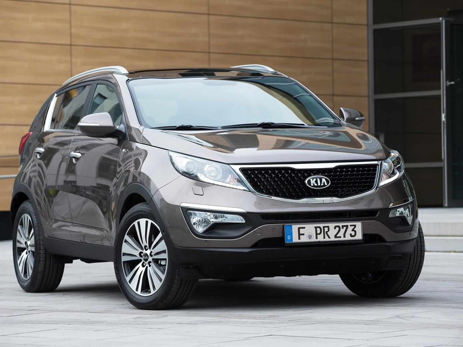 kia motors confirma forte sportage y sorento para m xico. Black Bedroom Furniture Sets. Home Design Ideas