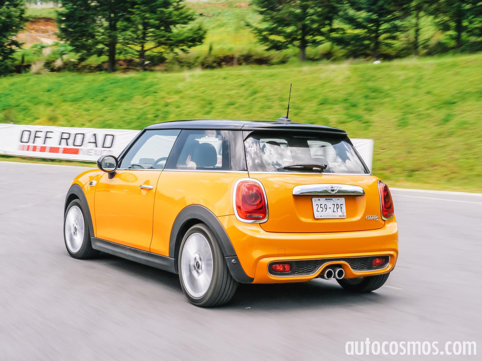 2015 mini cooper s vs vw golf 1 8 autos post. Black Bedroom Furniture Sets. Home Design Ideas