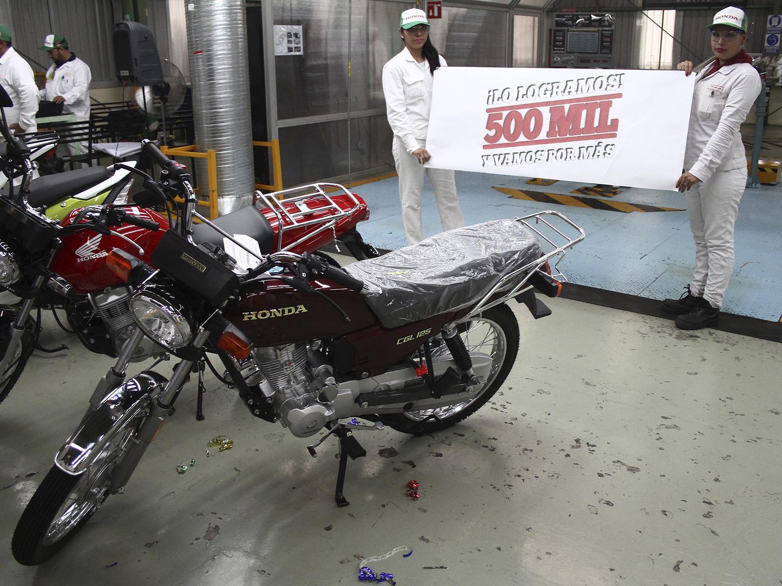 honda llega a las 500 000 motos producidas en m xico. Black Bedroom Furniture Sets. Home Design Ideas