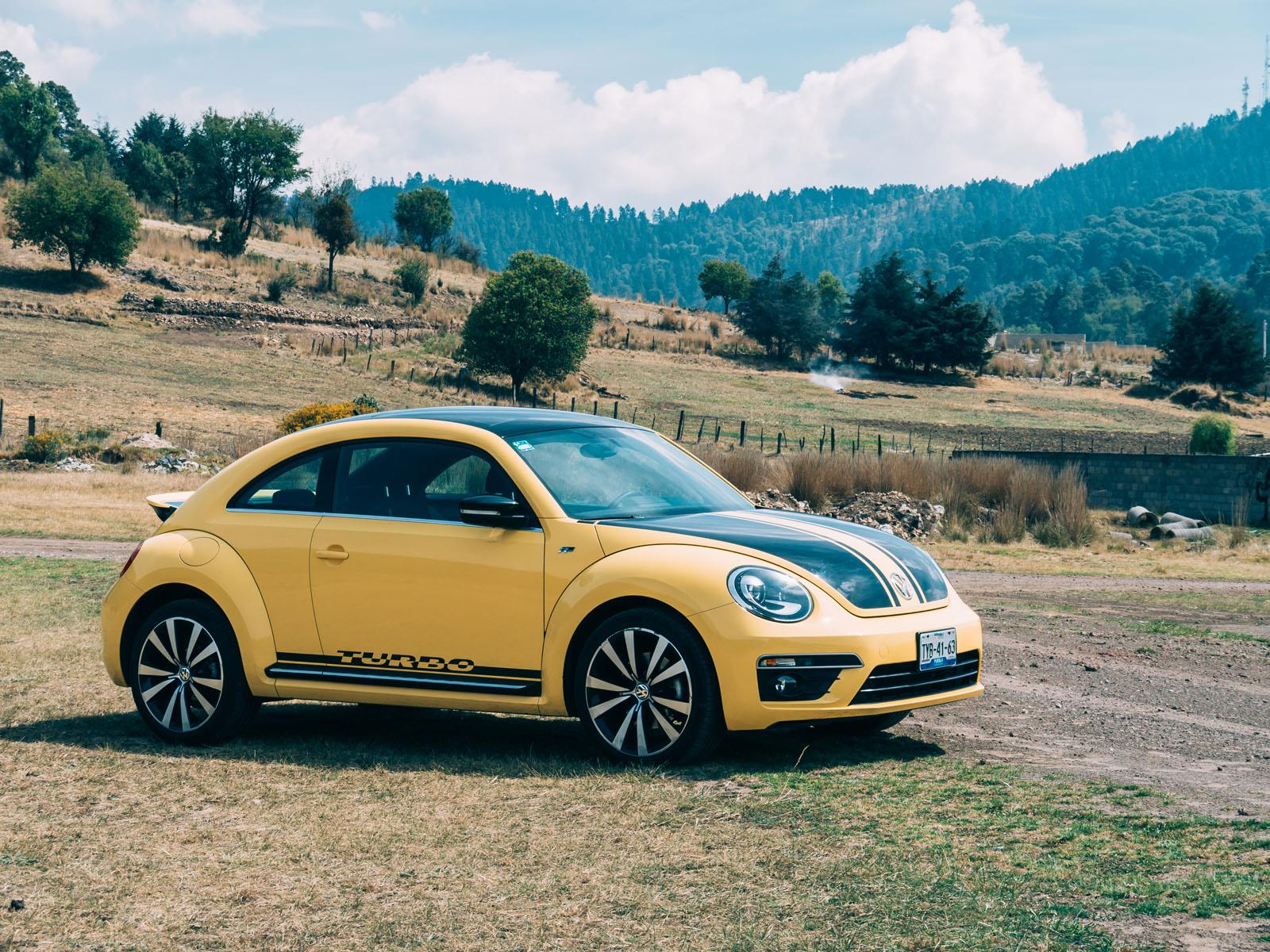 volkswagen beetle turbo r 2014 a prueba. Black Bedroom Furniture Sets. Home Design Ideas