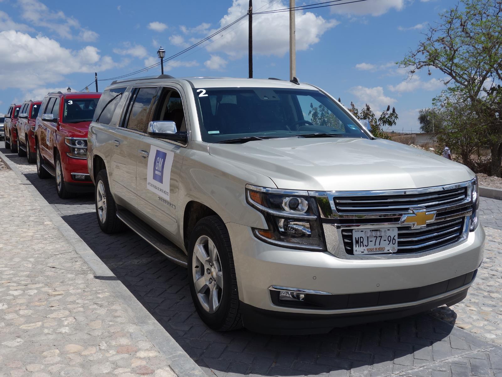 Chevrolet Suburban 2015 llega a México desde $697,200 pesos
