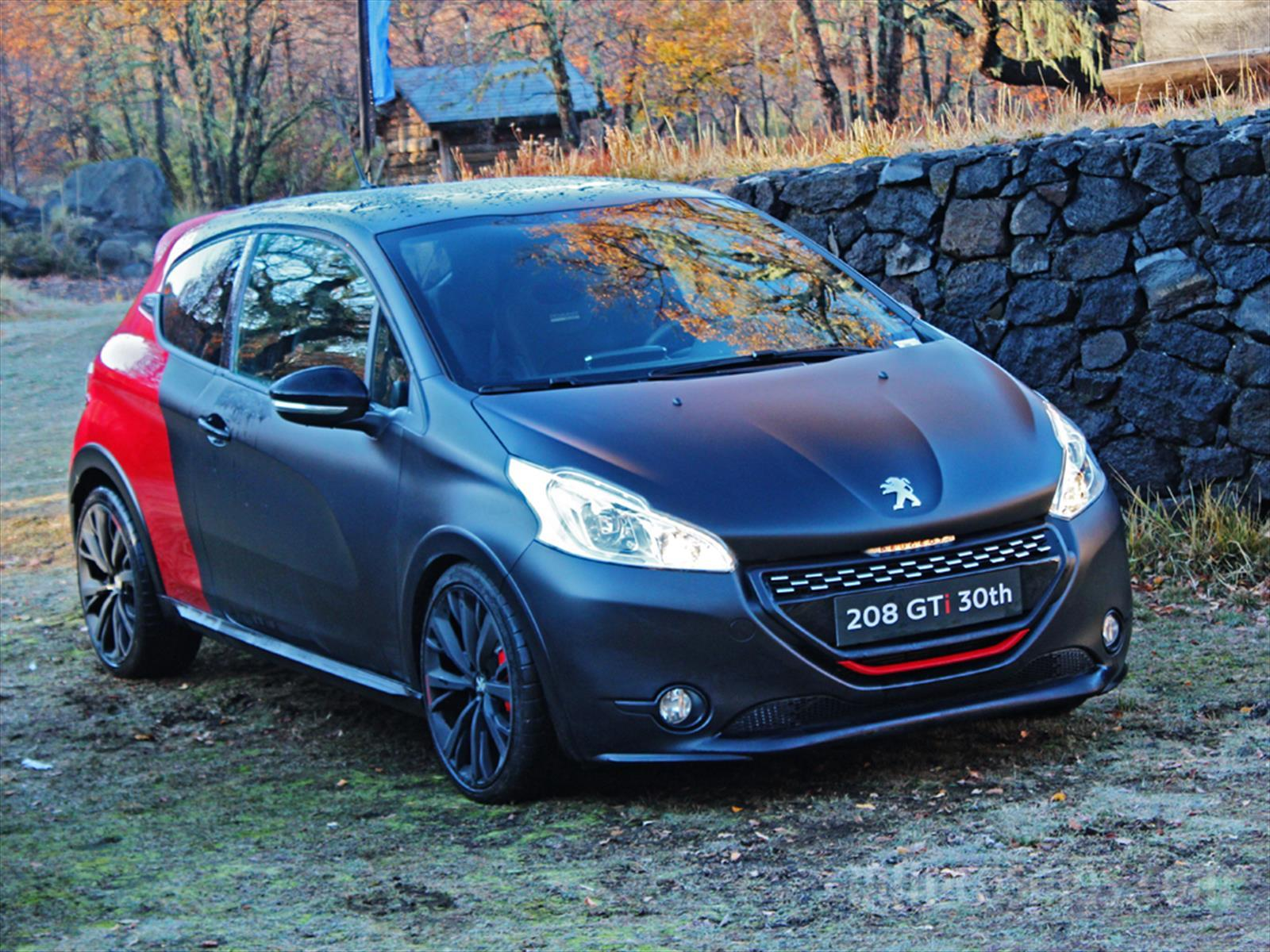 peugeot 208 gti 30th 9 unidades llegan a chile dinamita pura. Black Bedroom Furniture Sets. Home Design Ideas