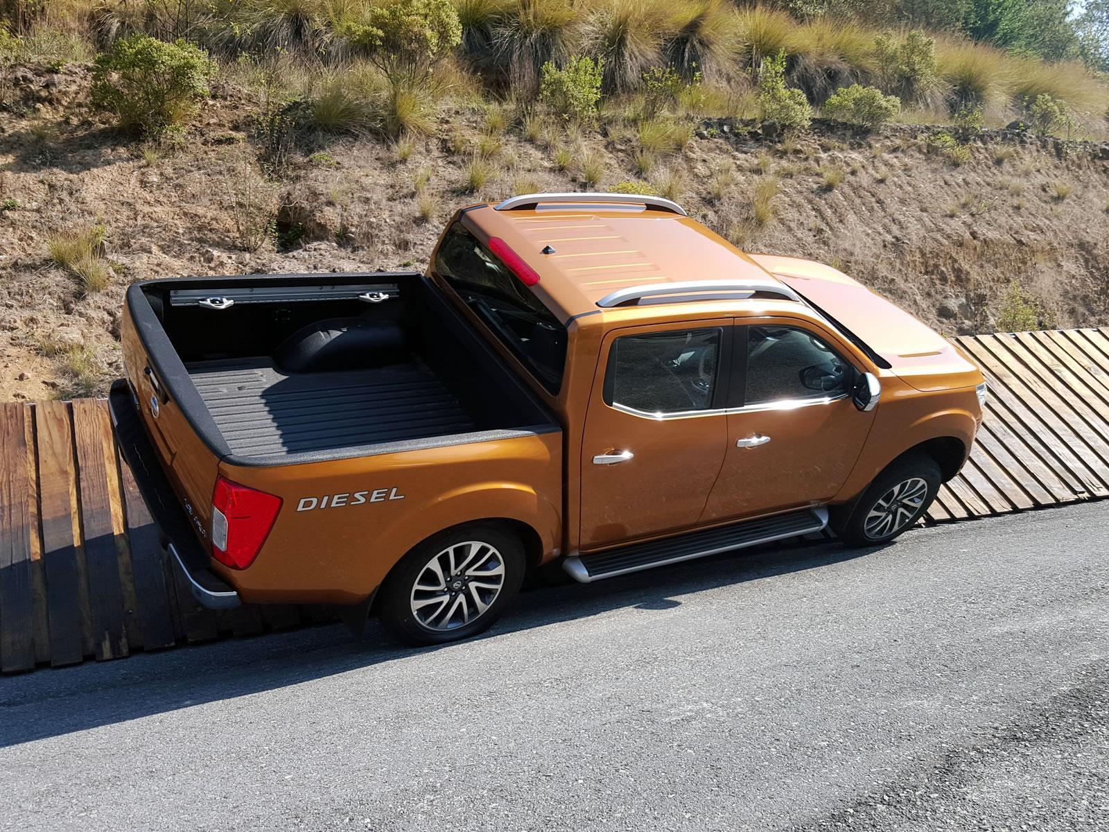 Nissan NP300 Frontier Diésel 2017 llega a México desde $284,700 ...