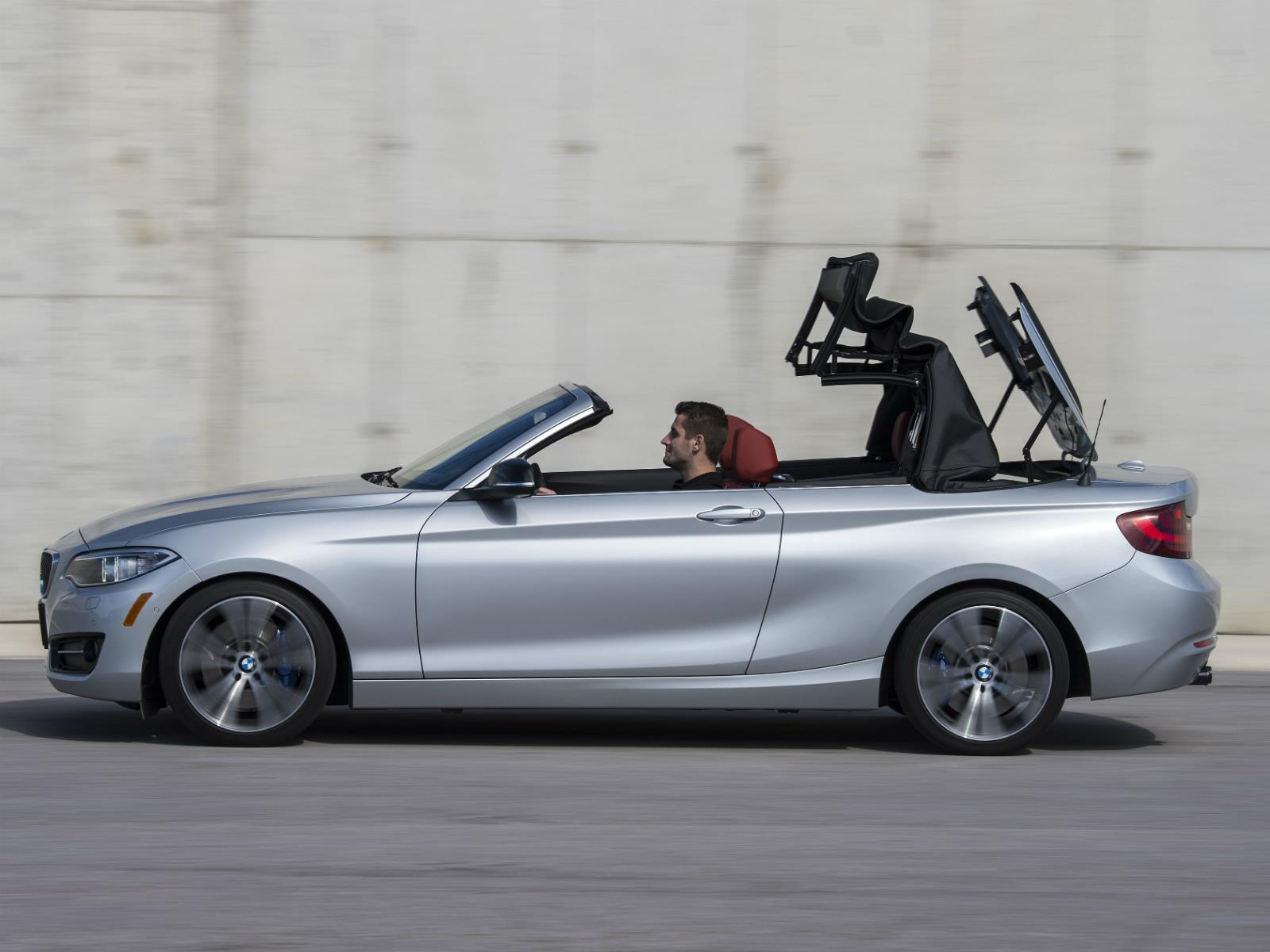 el nuevo bmw serie 2 cabriolet llega a colombia desde 125. Black Bedroom Furniture Sets. Home Design Ideas