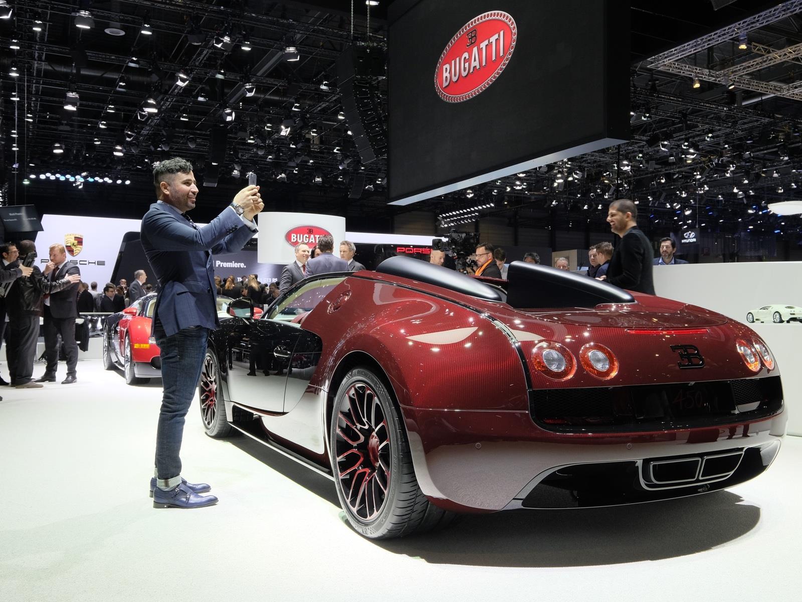 video as se construy el ltimo bugatti veyron. Black Bedroom Furniture Sets. Home Design Ideas