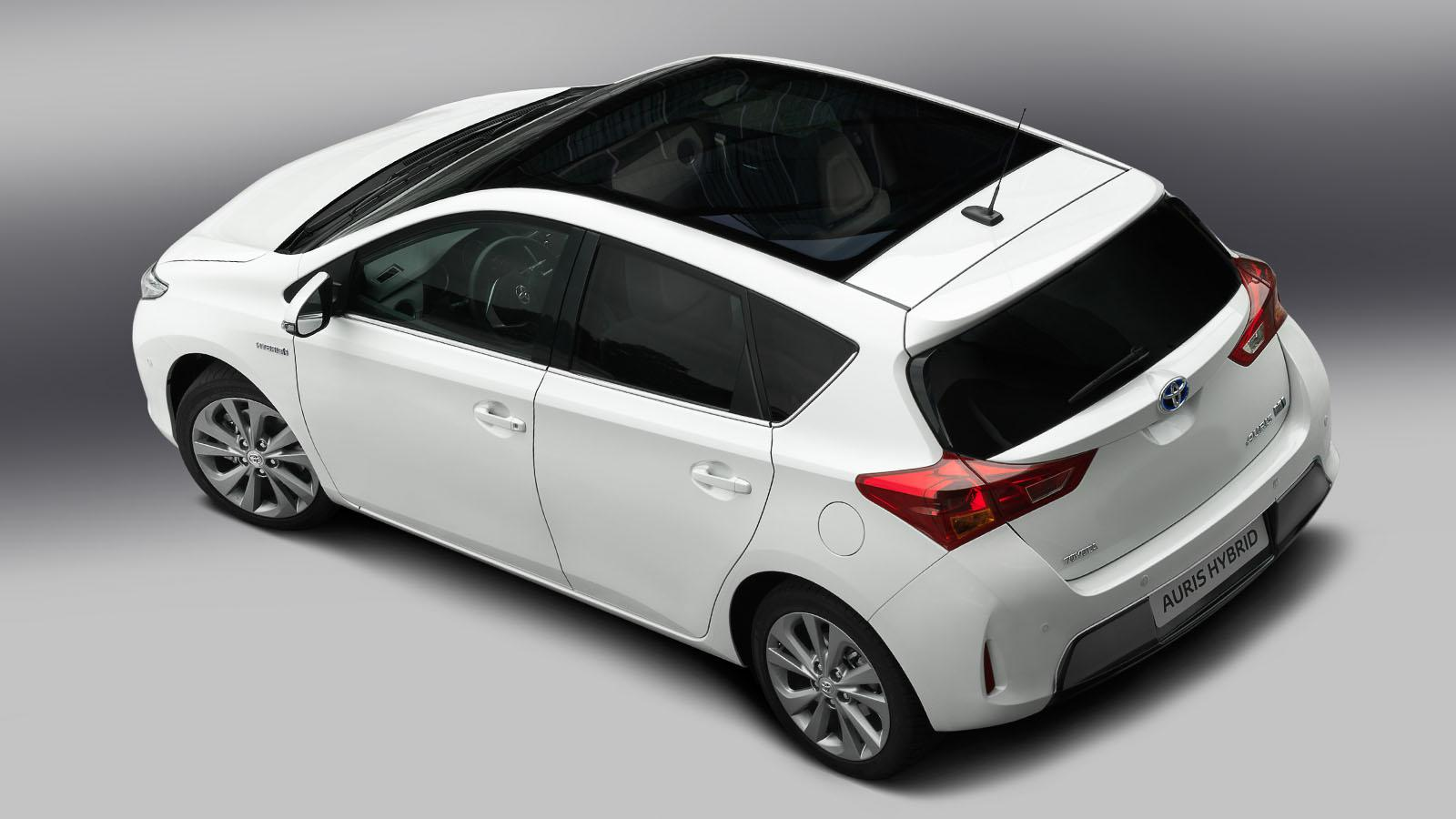 toyota auris estrena nueva generaci n en par s. Black Bedroom Furniture Sets. Home Design Ideas