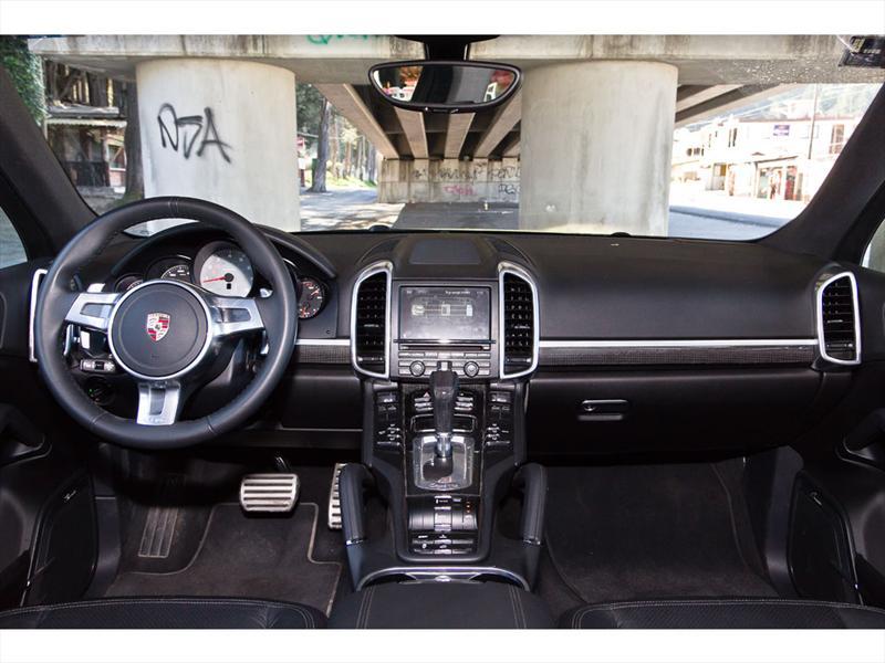 Porsche Cayenne S Hybrid 2011 prueba
