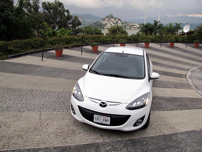 Mazda2 2012 llega a México