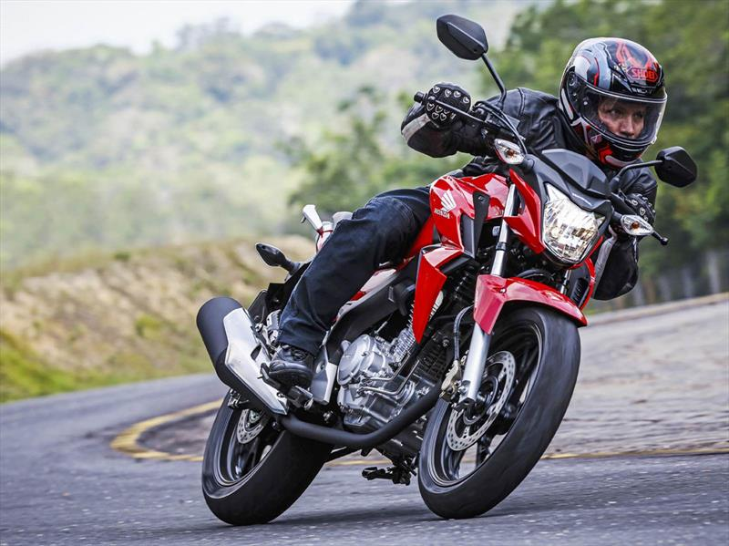 Honda CB250 Twister 2017
