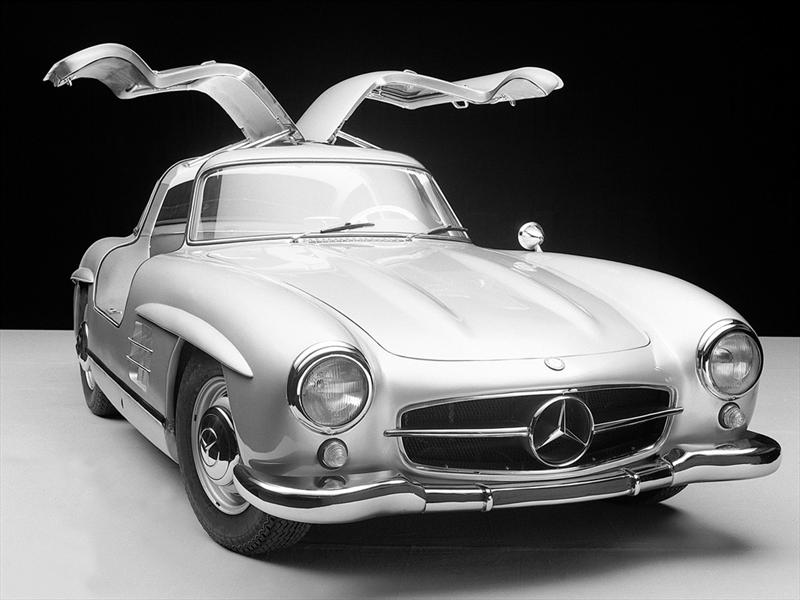 5. Mercedes - Benz Gullwing