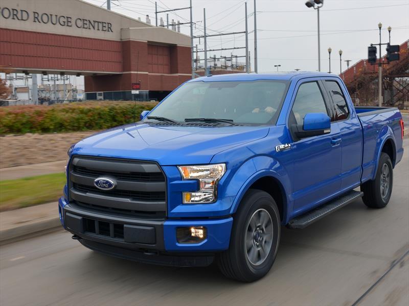 Ford Lobo 2015 producción - Autocosmos.com