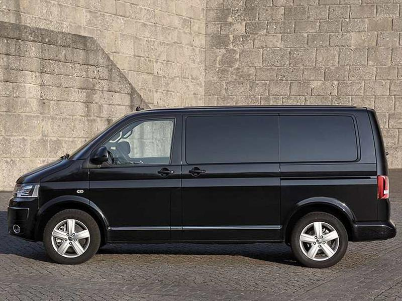 Volkswagen Multivan 2012 llega a México
