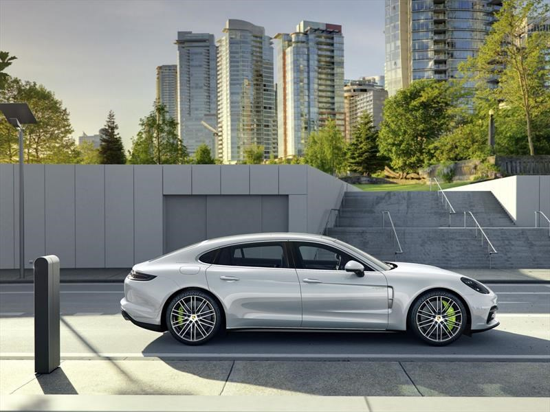 Porsche Panamera V6 y Executive se presentan