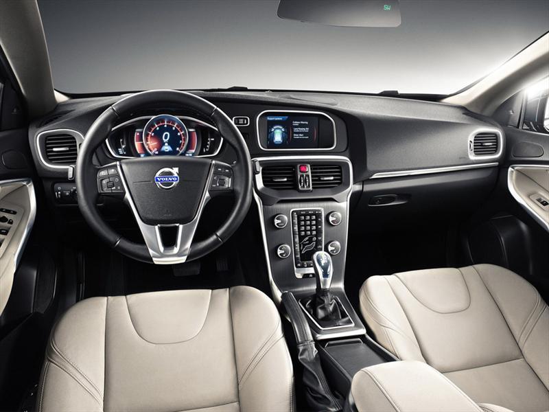 Volvo V40 2013