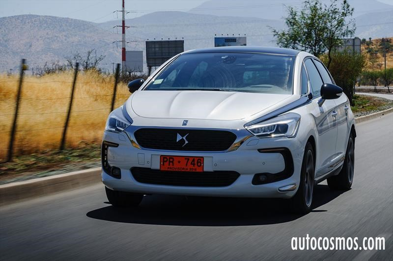 Test Drive: DS5 2017