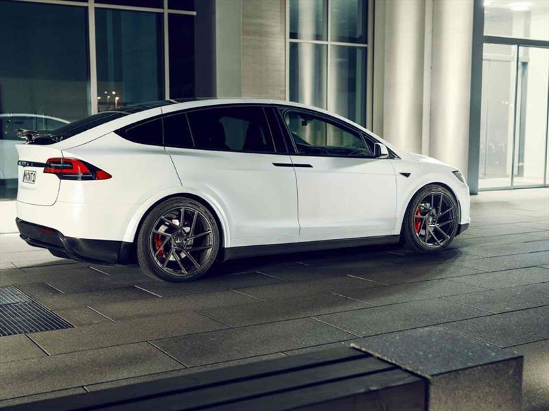 Tesla Model X por Novitec