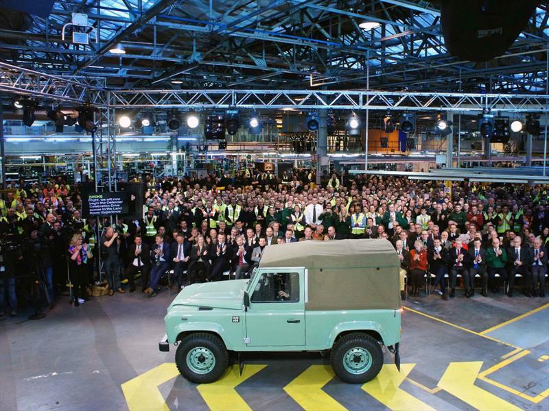 Land Rover Defender dice adiós