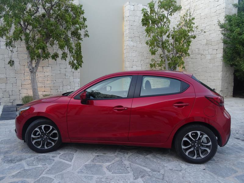 Mazda2 2016 primer contacto