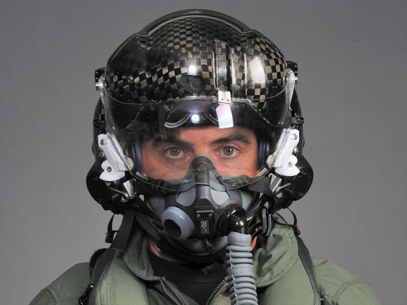 El casco inteligente que cuesta 400 mil dólares