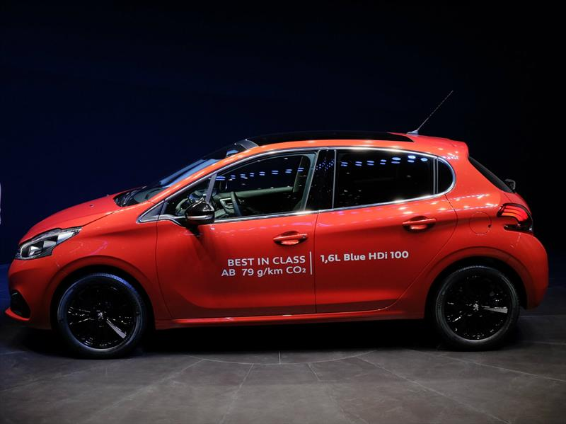 El Peugeot 208 se renueva para 2016