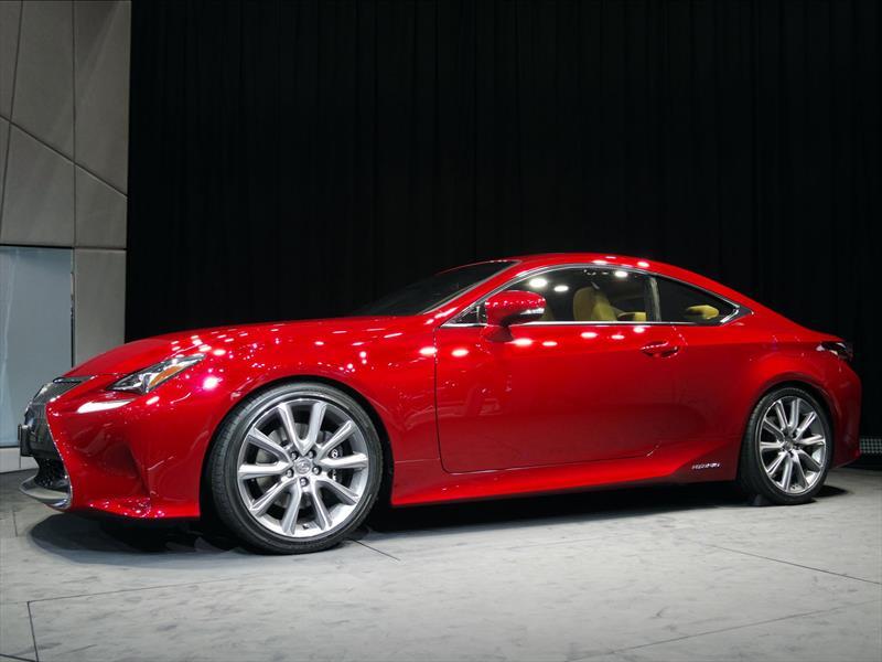 Lexus RC coupé, una estrella de Tokio