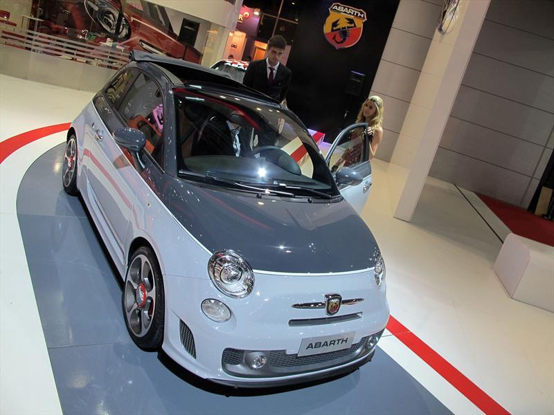 FIAT 500 Abarth Cabrio en el Salón de BA