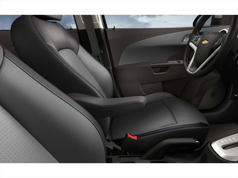 Chevrolet Sonic 5P