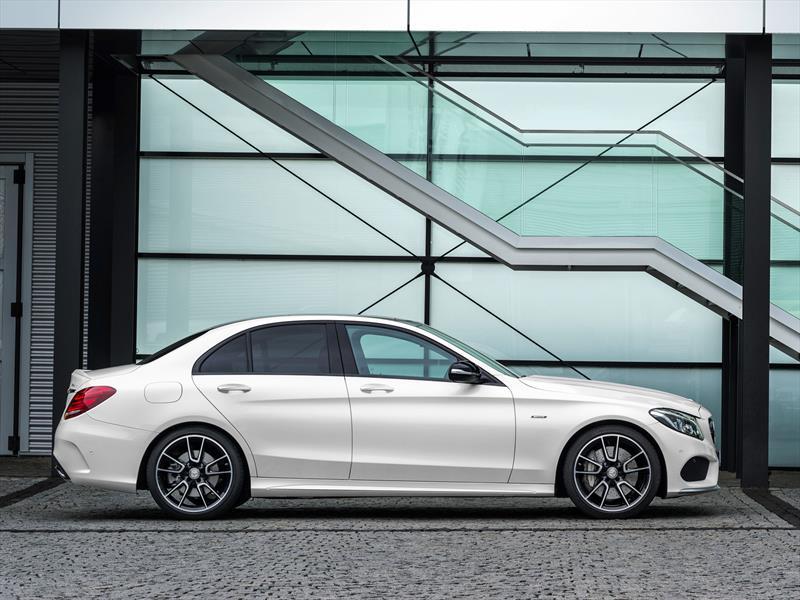 Mercedes-Benz C450 AMG Sport 2016