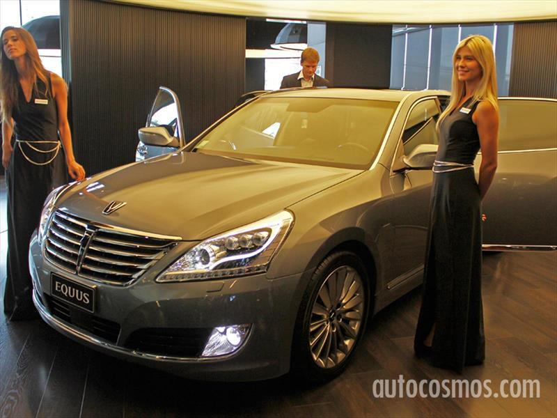 Hyundai Equus 2015 Lanzamiento en Chile