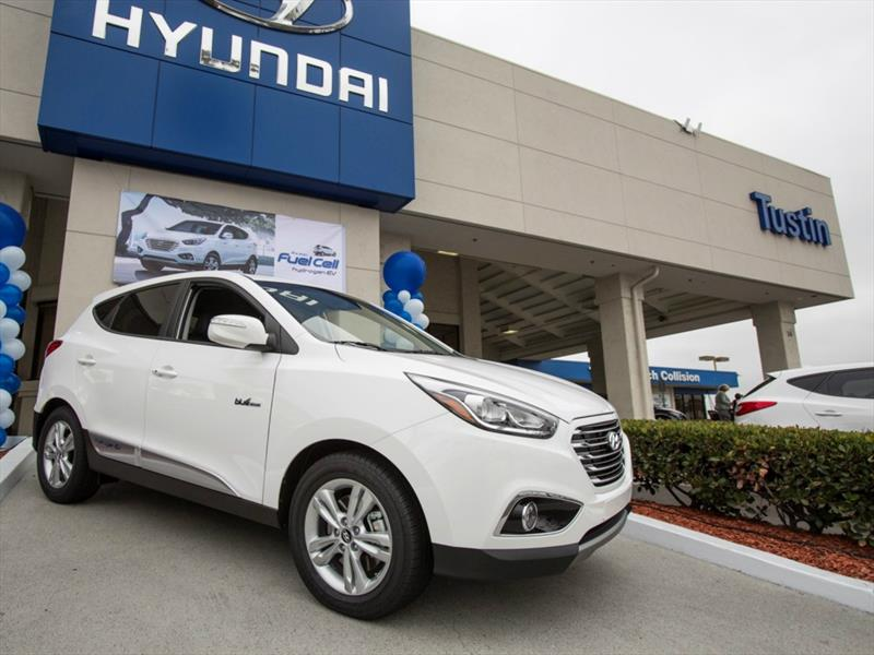 Hyundai Tucson Fuel Cell 2015