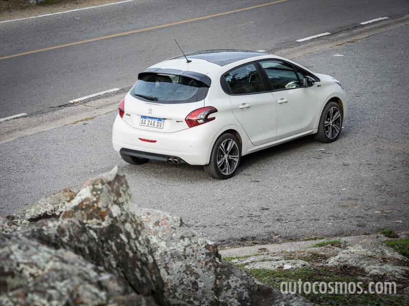Peugeot 208 GT a prueba en Argentina