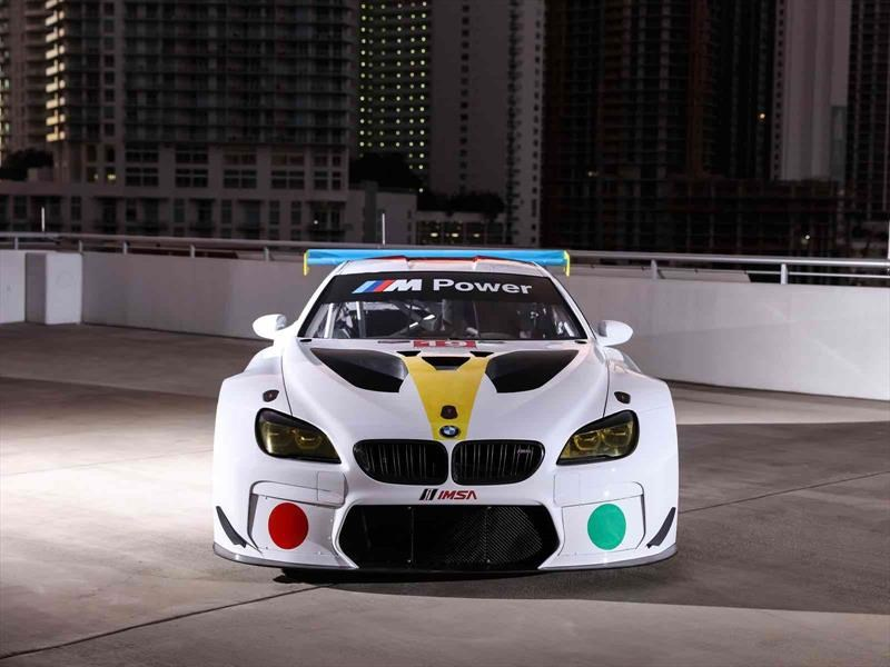 BMW Art Car #19 por John Baldessari