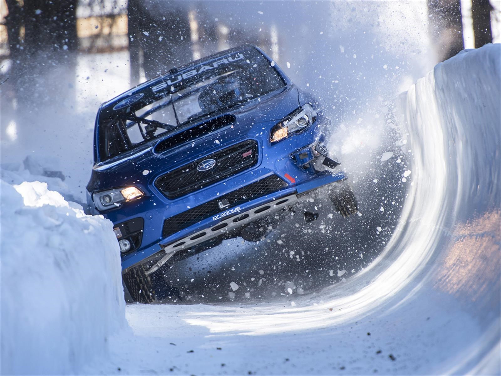 Video: Subaru convirtió al WRX STi en un trineo
