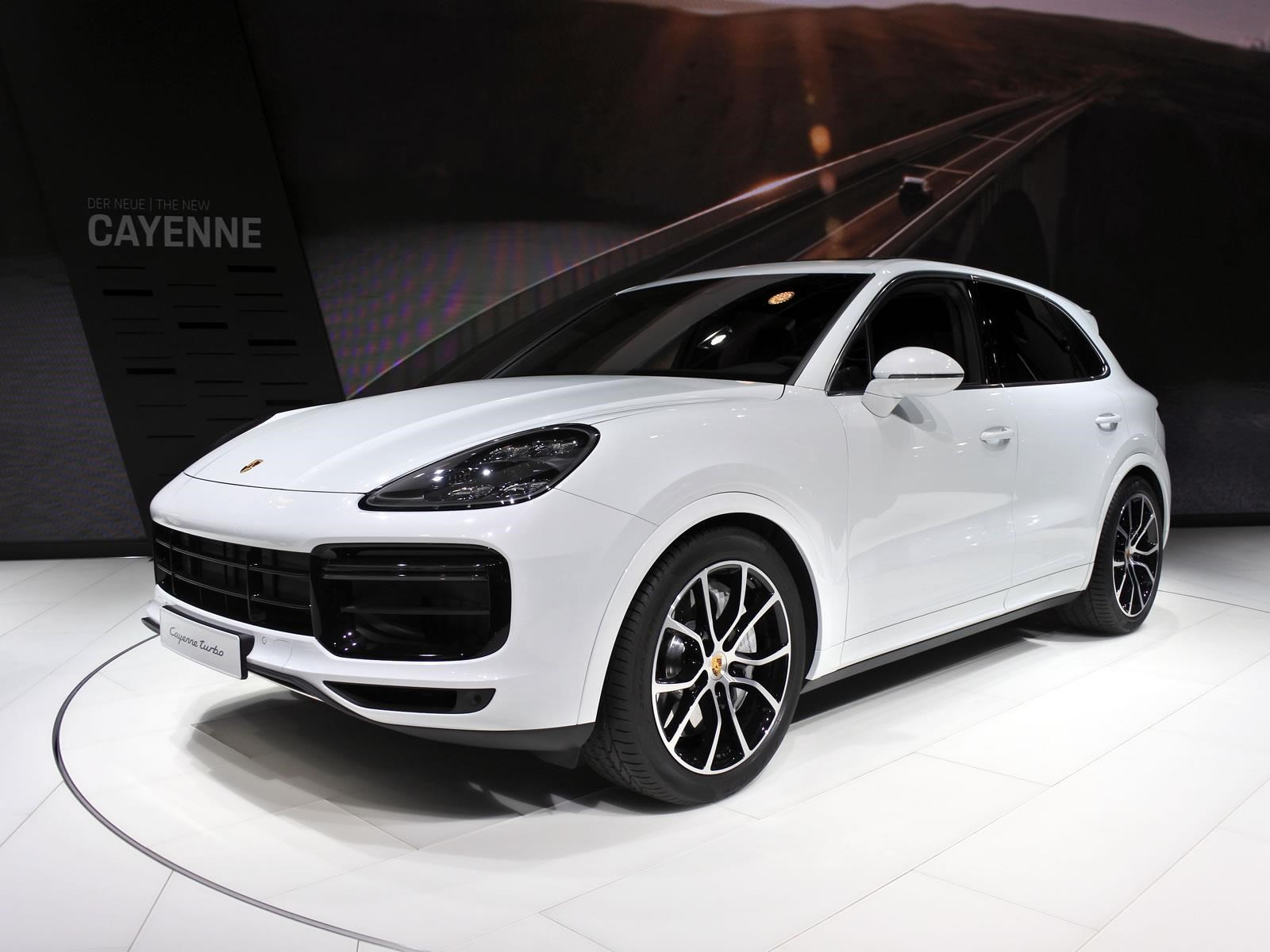 Porsche Cayenne Turbo 2019 se presenta