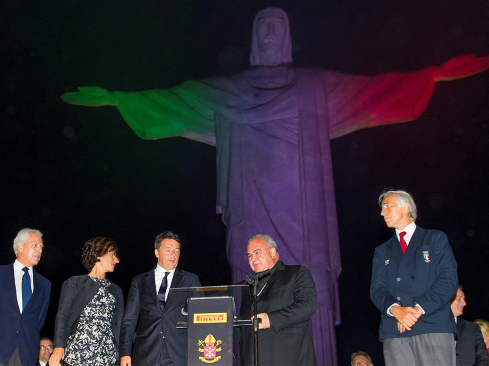 Pirelli ilumina al Cristo Redentor de Corcovado