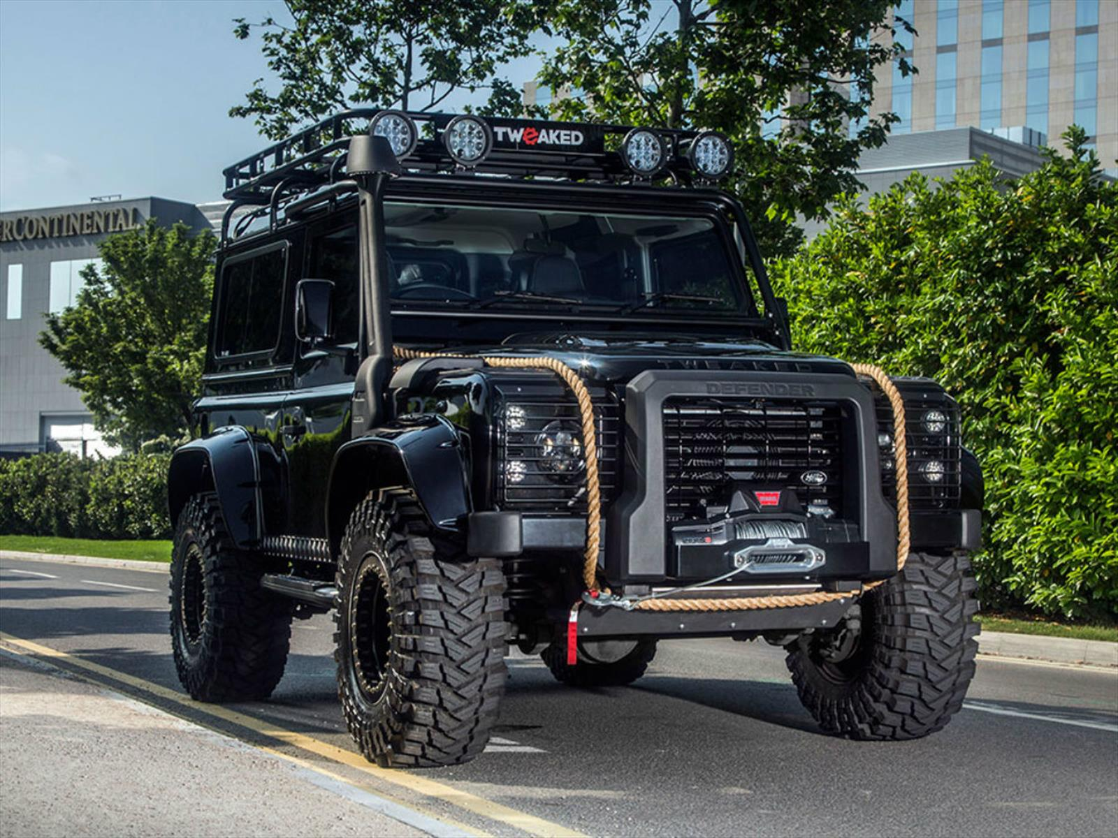 Spectre Edition Land Rover Defender 90, con espíritu James Bond