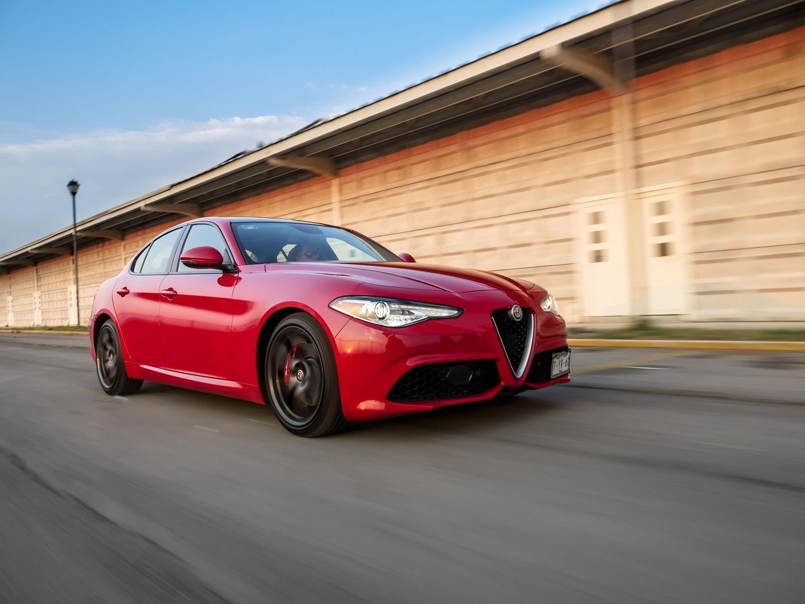 Manejamos el Alfa Romeo Giulia 2017