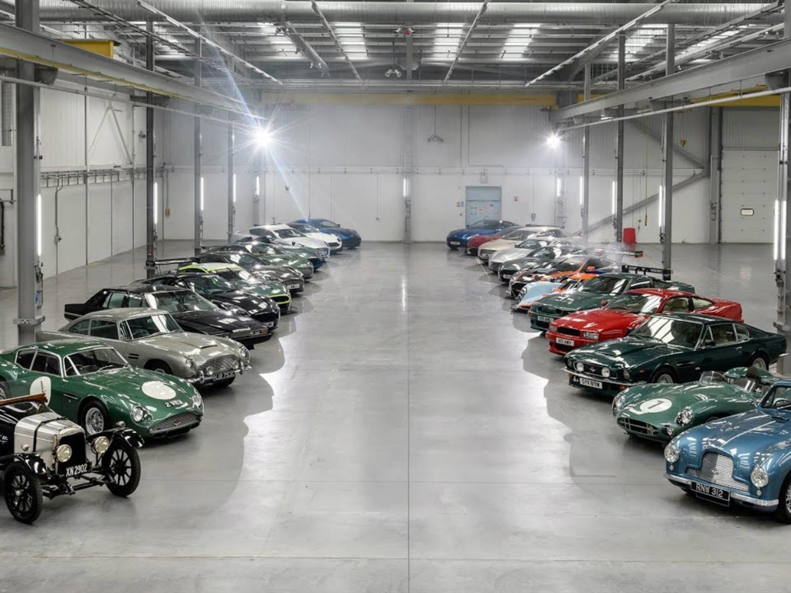 Conoce en video los mejores Aston Martin de la historia