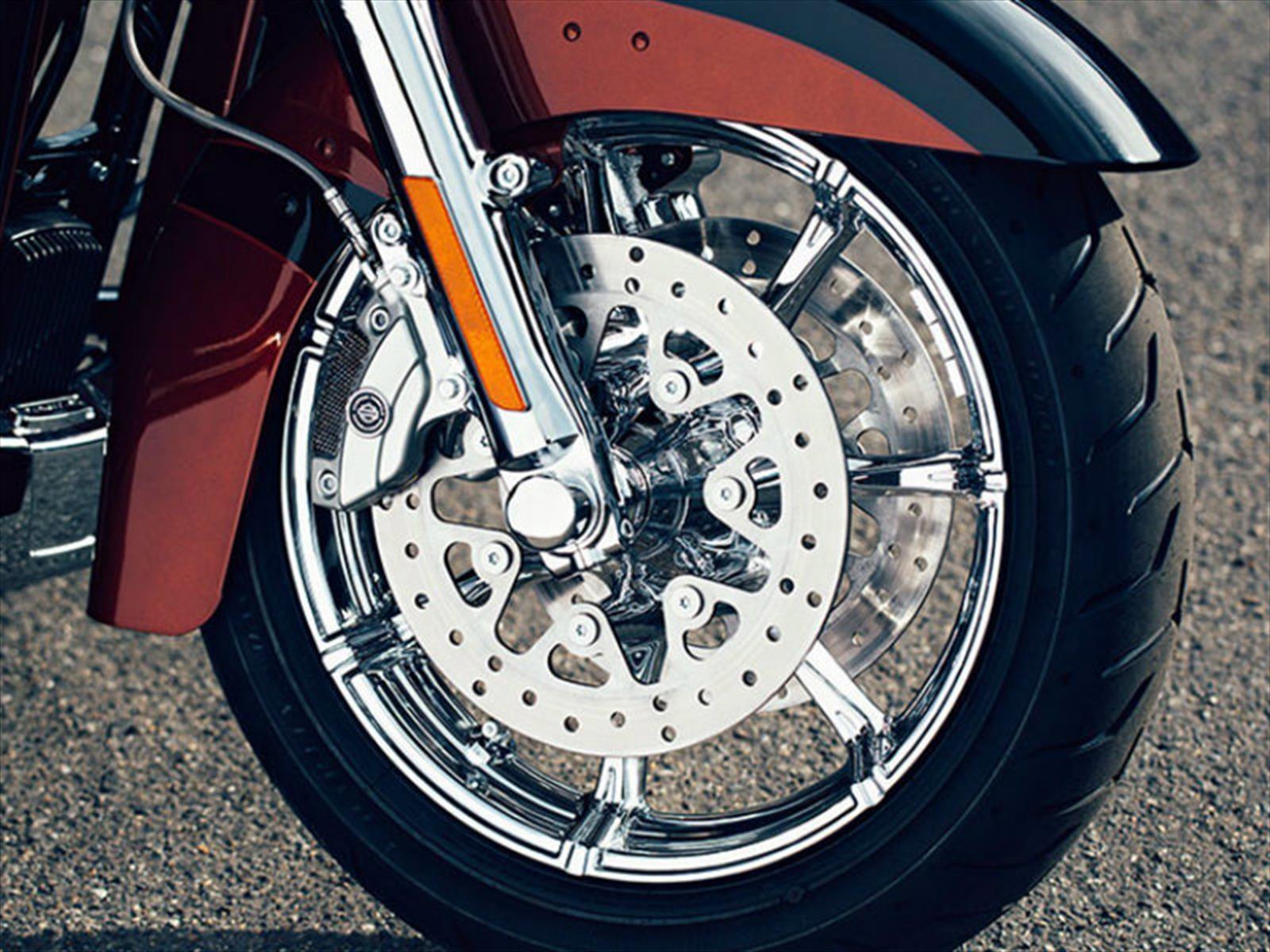 Dunlop alcanza 10 millones de neumáticos producidos para Harley-Davidson