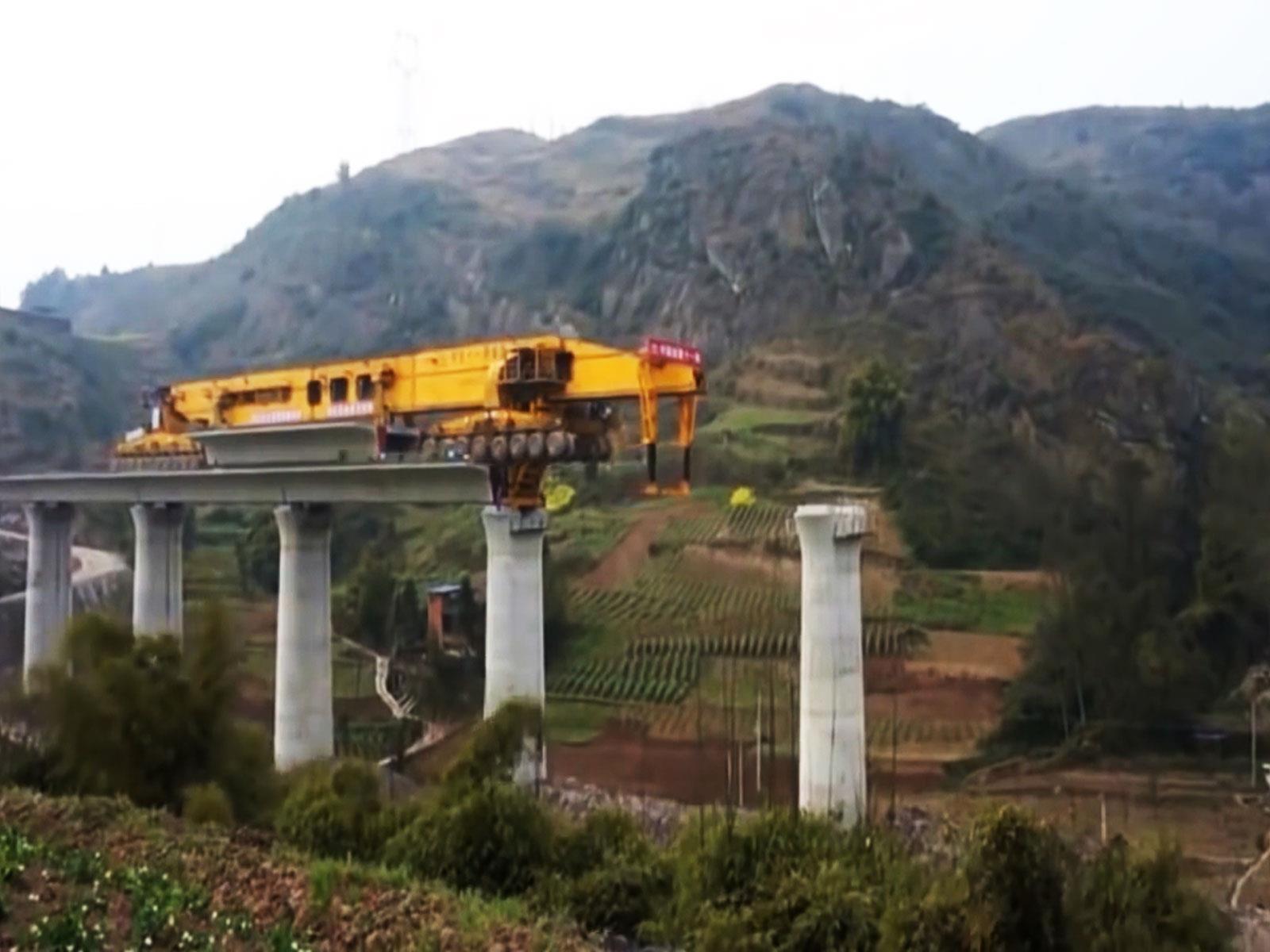 Video: Nunca viste hacer tan rápido un puente
