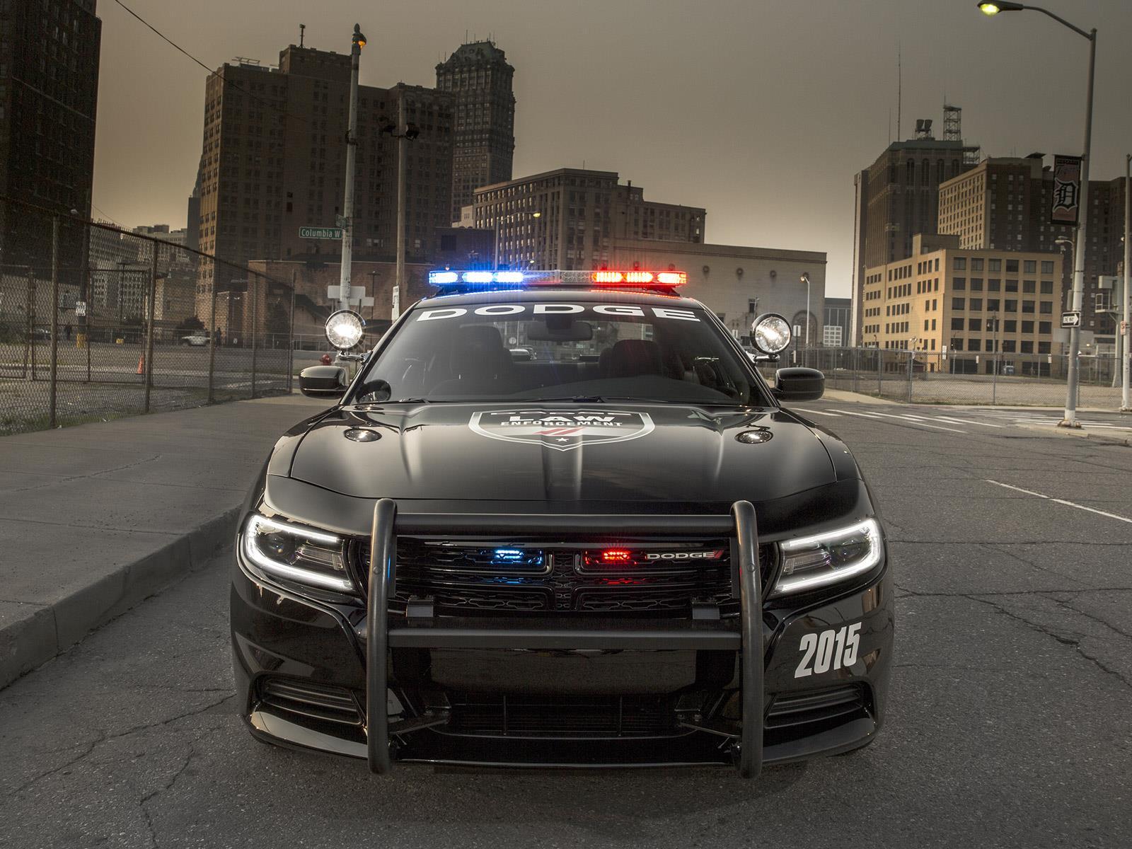 Dodge Charger Pursuit 2015, listo para combatir el crimen