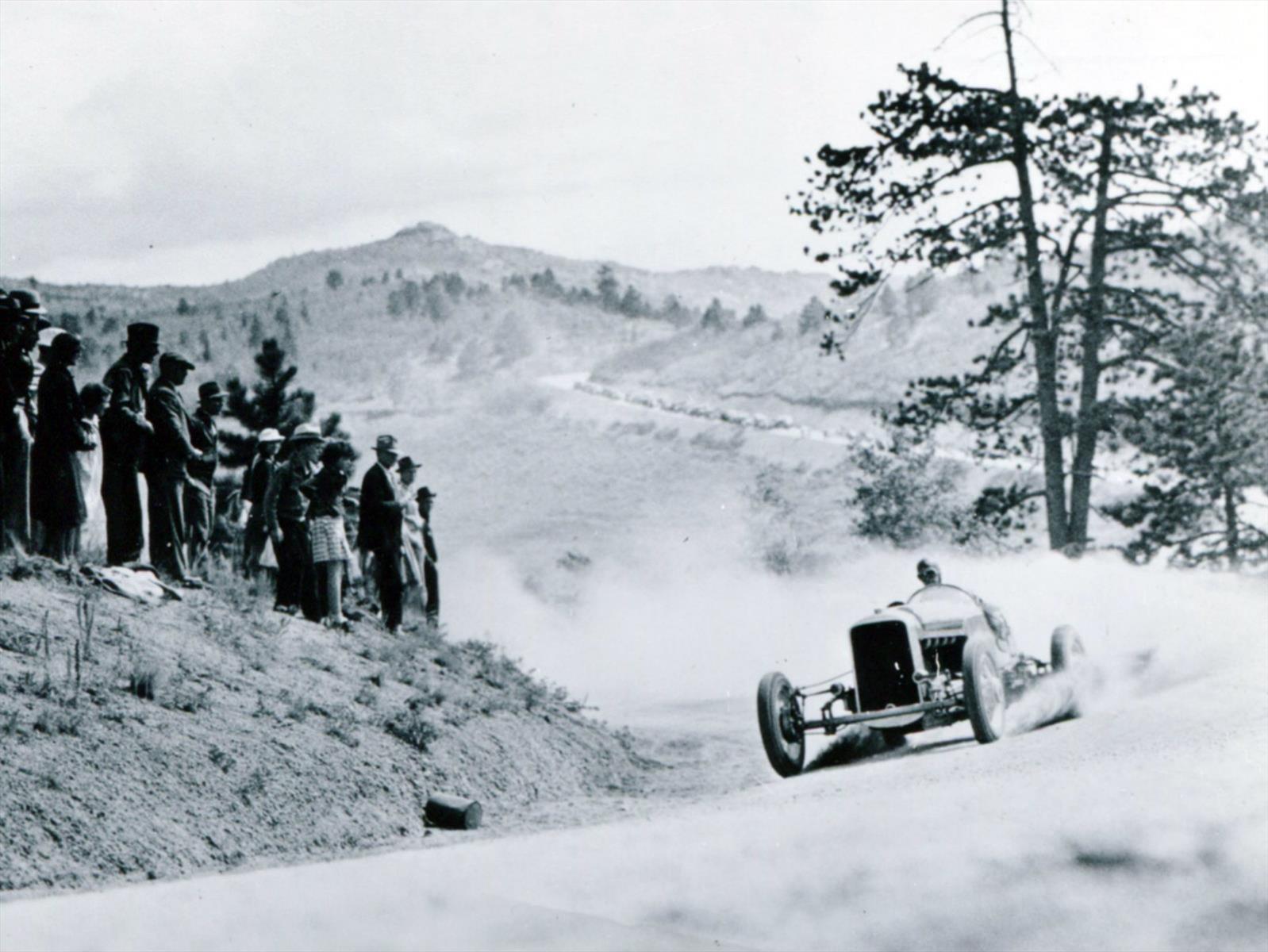 Pikes Peak celebra 100 años
