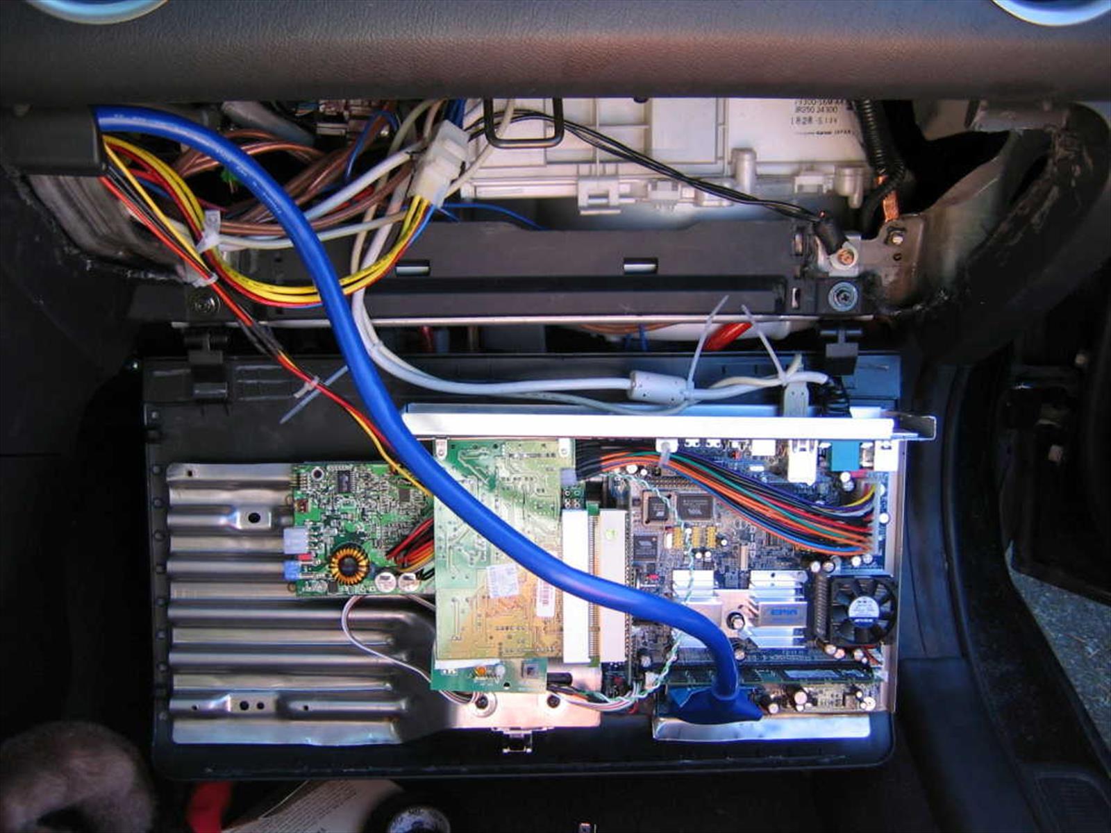 ¿Sabes qué hace la computadora de tu auto?